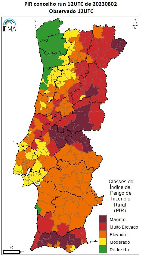 Mapa das classes de risco de incêndio previstas por concelho